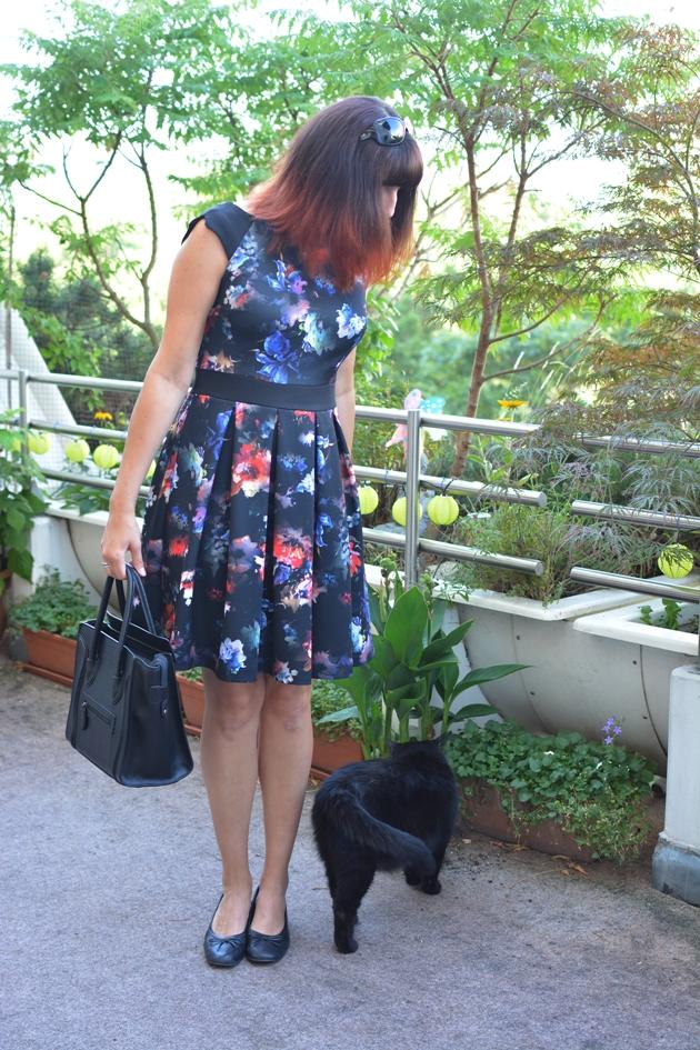 Black Floral Dress_07