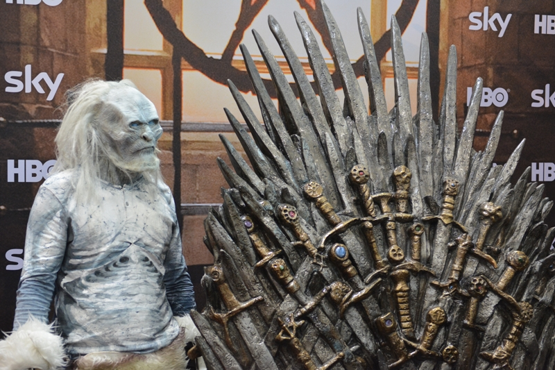 VIECC-Iron-Throne-01