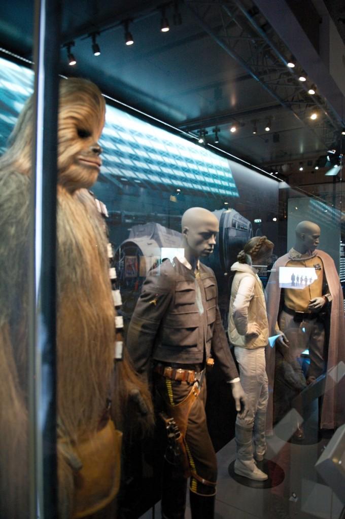 Star-Wars-Identities-Chebacca-Han-Solo-Leia-Lando