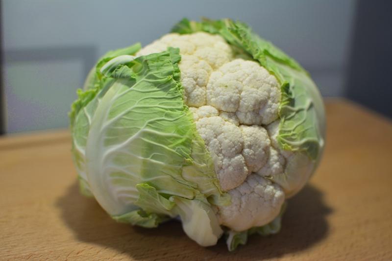 low-carb-pizza-cauliflower-karfiol-blumenkohl